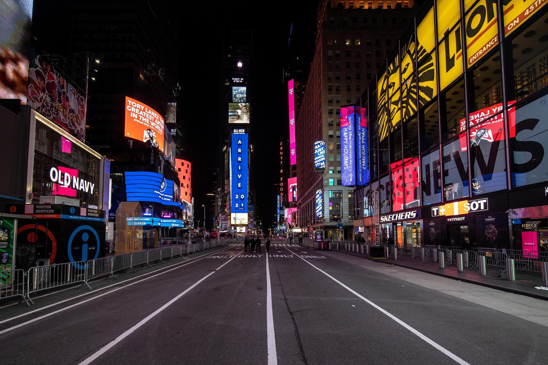 Un Times Square surréaliste pour le passage à la nouvelle année.