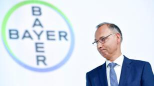 Werner Baumann, CEO del laboratorio alemán Bayer, en la reunión anual de accionistas en el World Conference Center en Bonn, Alemania, el pasado 26 de abril de 2019.