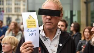Un manifestant à Manchester, le 31 août 2019.