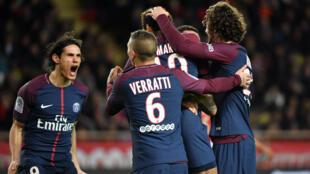 Edinson Cavani laisse éclater sa joie après avoir marqué le 1er but du match à la 19e minute.