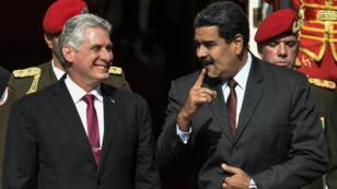 Le président cubain, Miguel Diaz-Canel, et son homologue vénézuélien, Nicolas Maduro, à Caracas, le 30 mai 2018.