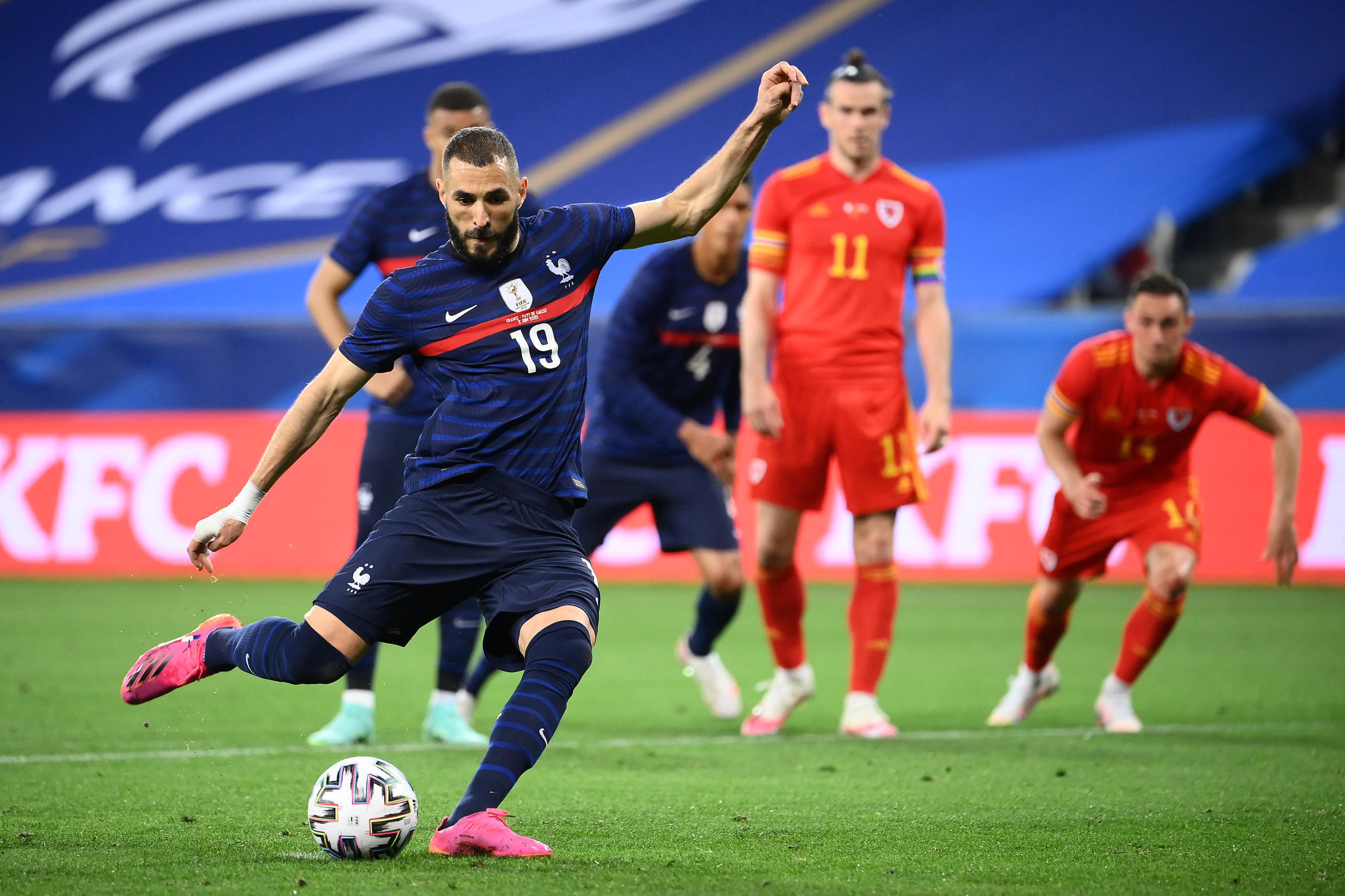 France's forward Karim Benzema misses to score on a penalty kick during the friendly football match between France and Wales  in Nice, southern France on June 2, 2021.
