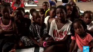 Dans ce centre de la ville de Beira, la moitié des 200 personnes qui arrivent chaque jour sont des enfants.