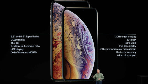 Philip W. Schiller, vicepresidente Senior de Marketing de Apple presenta los nuevos modelos de iPhone XS y XS Max.