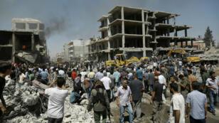 Au moins 44 personnes ont péri dans un attentat perpétré, mercredi 27 juillet, à Qamichli.
