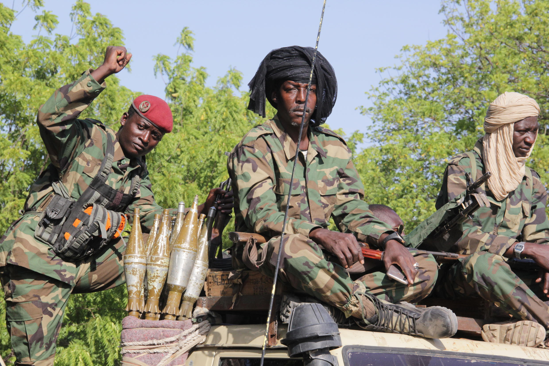 جنود تشاديون يقومون بدورية في مونغونو في نيجيريا في 15 كانون الأول ديسمبر 2019