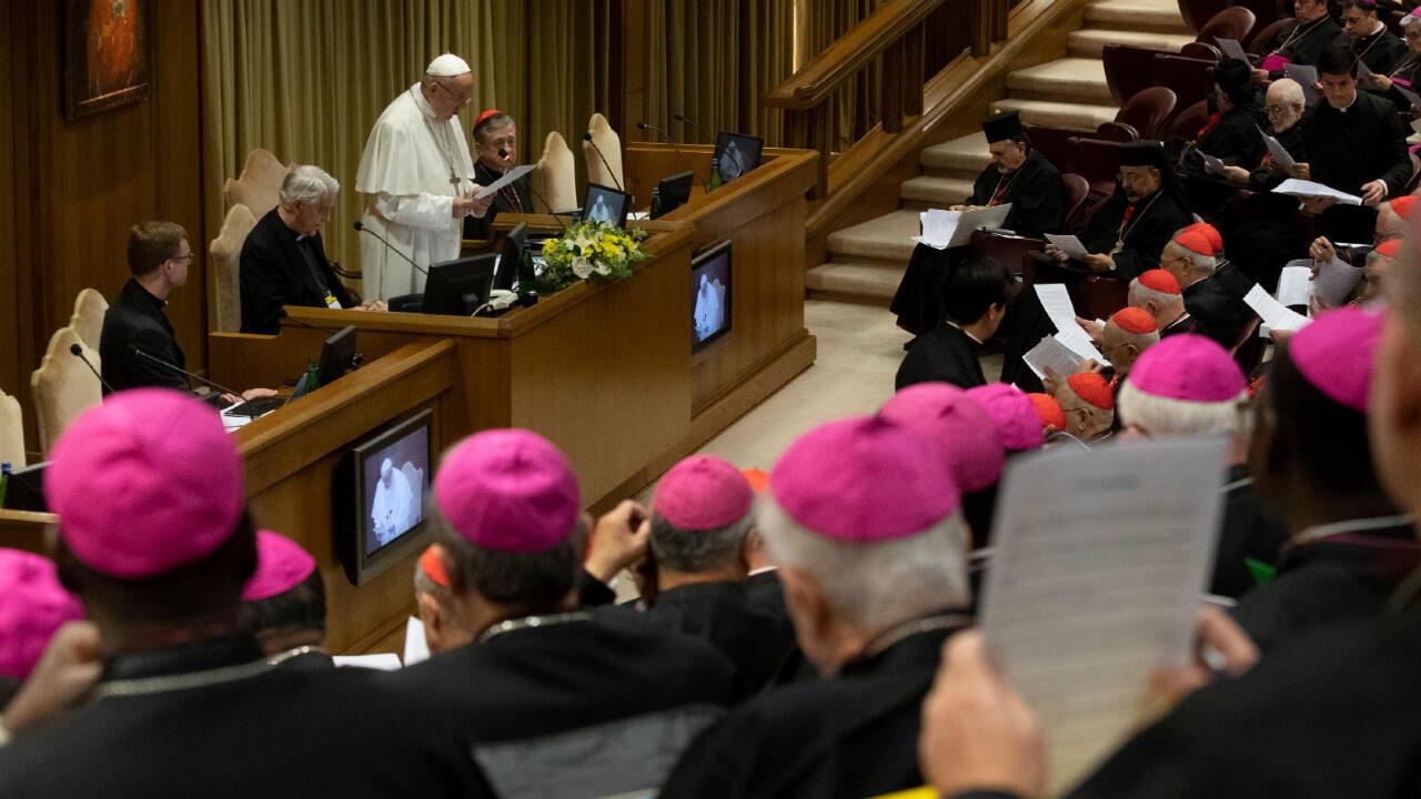 """El papa Francisco se dirigió a los cerca de 200 asistentes al congreso convocado para hablar sobre """"La protección de los menores en la iglesia"""", el 21 de febrero de 2019 en Ciudad del Vaticano."""