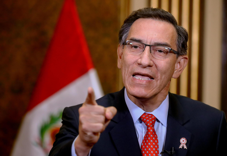 El presidente de Perú, Martín Vizcarra, se dirigió a la nación el 5 de julio para anunciar un referéndum que se realizará en 2021 sobre la eliminación de la inmunidad parlamentaria.