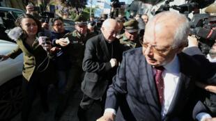 El cardenal Ricardo Ezzati no declaró a los medios y se acogió al derecho de silencio durante su citación a la fiscalía Regional de Rancagua, Chile, el 3 de octubre de 2018.