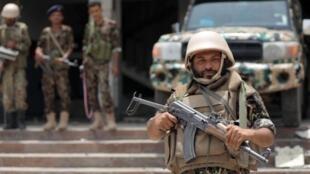 ضابط يمني في تعز جنوب اليمن - 2 يوليو/ تموز 2018