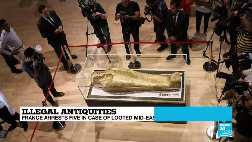 2020-06-25 15:09 Former Louvre curator arrested for smuggling antiquities