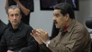 El presidente de Venezuela Nicolás Maduro habla durante una reunión con su gabinete de ministros en Caracas, Venezuela el 5 de enero de 2018.