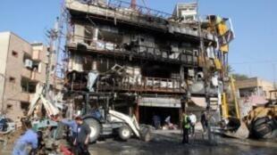 موقع تفجير انتحاري سابق بمحافظة الأنبار.