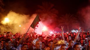 أجواء متابعة النهائي في الجزائر العاصمة