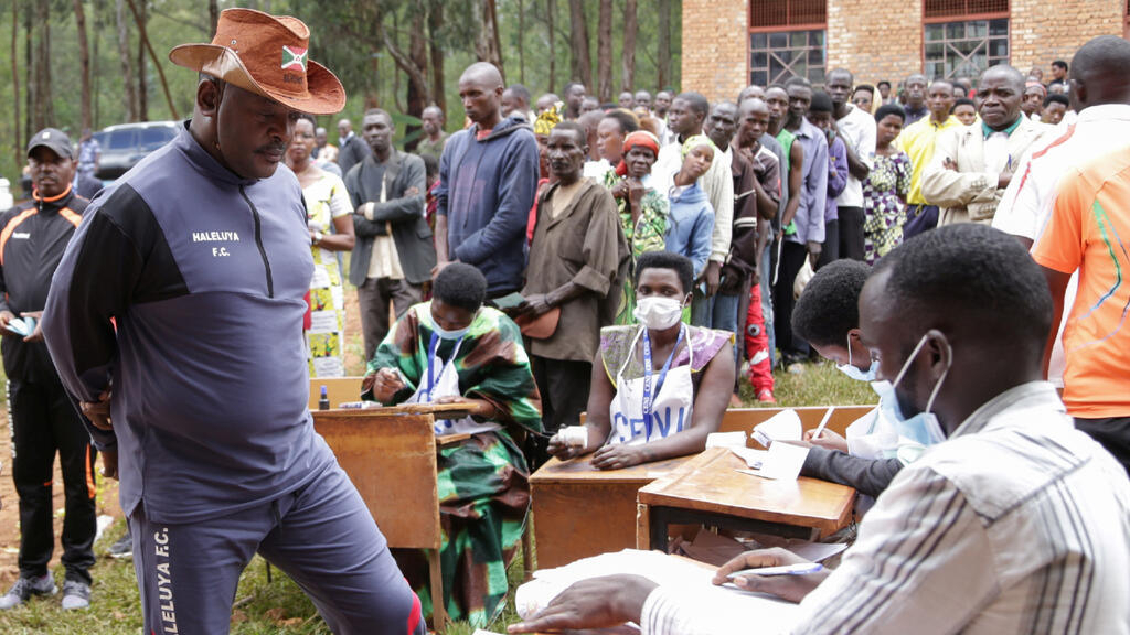 Burundi expected to announce results of presidential election Monday