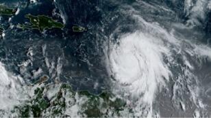 صورة للإعصار ماريا نشرها المركز الوطني الأمريكي للأعاصير في 18 أيلول/سبتمبر 2017