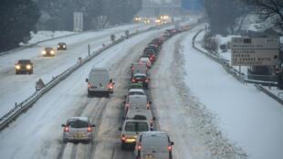 Les chutes de neige ont fait un mort et privé 300000 foyers d'électricité dans la Drôme, Isère et Ardèche. Photo d'illustration.