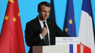 El presidente francés Emmanuel Macron pronuncia un discurso en el Palacio Daming durante su visita a la ciudad de Xian, en el norte de China, el 8 de enero de 2018.