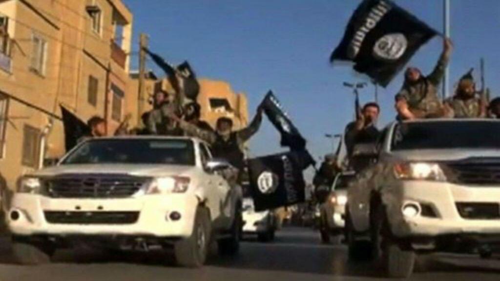 """لقطة من فيديو دعائي لتنظيم """"الدولة الإسلامية"""""""