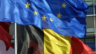 La Commission européenne a envoyé un courrier à la Belgique pour lui demander des clarifications sur le rétablissement de contrôle à sa frontière.