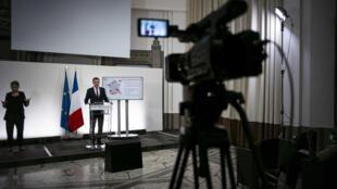 Le ministre de la Santé Olivier Véran lors d'une conférence de presse sur l'épidémie de Covid-19 le 23 septembre 2020