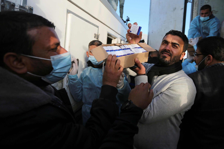 Gaza recibió 20.000 dosis de la vacuna rusa Sputnik V de los Emiratos Árabes Unidos.