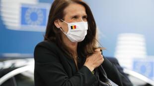 La primera ministra de Bélgica, Sophie Wilmes, llega a una cumbre de la Unión Europea en Bruselas el 20 de julio de 2020