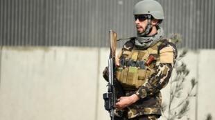 Image d'archive d'un militaire afghan à Kaboul.