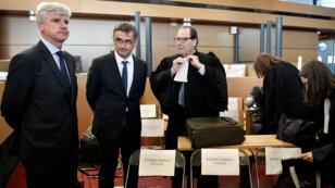 """Le directeur des ressources humaines longs courriers, Pierre Plissonnier (à gauche), et le directeur des ressources humaines, Xavier Broseta, ont assisté mardi 27 septembre au procès des quinze salariés de la société, condamnés pour """"violence en réunion""""."""