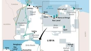 Map of Libya showing oil and gas fields, pipelines and oil refineries