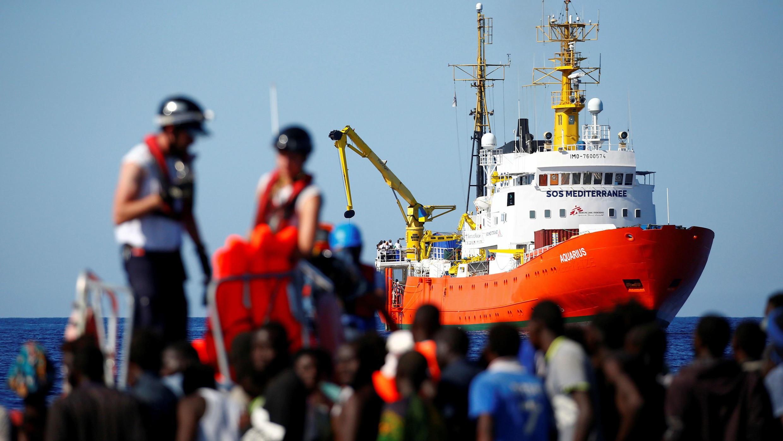 Foto de archivo del barco Aquarius, de la ONG SOS Méditerranée, frente a la costa libia, en Septiembre de 2017.