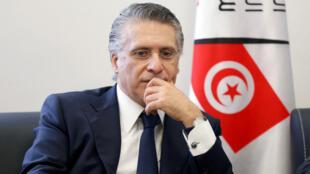 Archivo: Nabil Karoui, empresario y propietario del canal privado 'Nessma TV', presenta su candidatura para las elecciones presidenciales en Túnez, Túnez, el 2 de agosto de 2019.