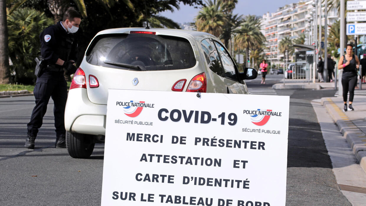 carte week end 29 euros French PM warns lockdown will not be lifted 'in one go'