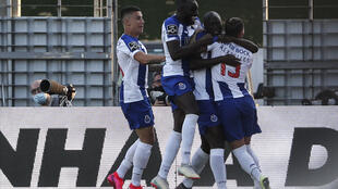 Pereira (2ndR) scored the goal which helped Porto secure the Portuguese title
