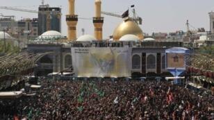 مشهد من أجواء إحياء ذكرى عاشوراء في كربلاء
