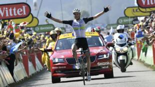 Le Britannique Stephen Cummings, vendredi 8 juillet 2016, remporte la 7e étape du Tour de France au Lac de Payolle.