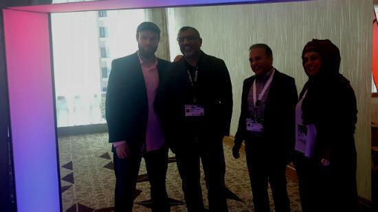De gauche à droite : Chris Abdur-Rahman, fondateur du site Launchgood, Shahed Amanullah, co-fondateur d'Affinis Labs, Abbrar Hussain, responsable du fonds Elixir Capital, Shazia Saleem, créatrice de la marque ieat Foods.