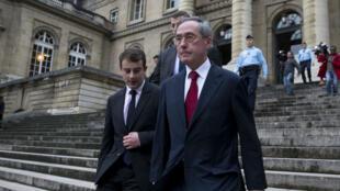 Claude Guéant quittant le palais de justice de Paris, le 13 novembre 2015.