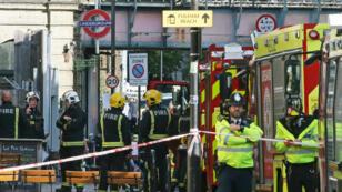 Un sixième suspect a été interpellé, jeudi 21 septembre, après l'attaque à la bombe dans le métro londonien.