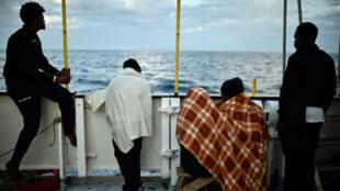 À bord de l'Aquarius, bateau humanitaire de SOS Méditerranée au large de la Silice, en mai 2018.