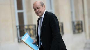 """Pour Jean-Yves Le Drian, """"Daech s'est installé en Libye en profitant des rivalités internes aux Libyens""""."""