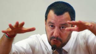 El ministro del Interior de Italia, Matteo Salvini, habla durante una rueda de prensa en Roma, Italia, el 25 de junio de 2018.