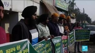 2020-12-04 14:44 Indian farmers continue to protest over agricultural reforms as New Delhi asks for talk-break