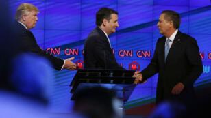 Donald Trump, Ted Cruz et Johan Kasich lors du débat qui s'est tenu le 10 mars, en Floride.