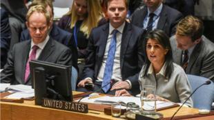 L'ambassadrice américaine Nikki Haley a dû défendre la position des États-Unis à l'ONU le 8 décembre 2017.