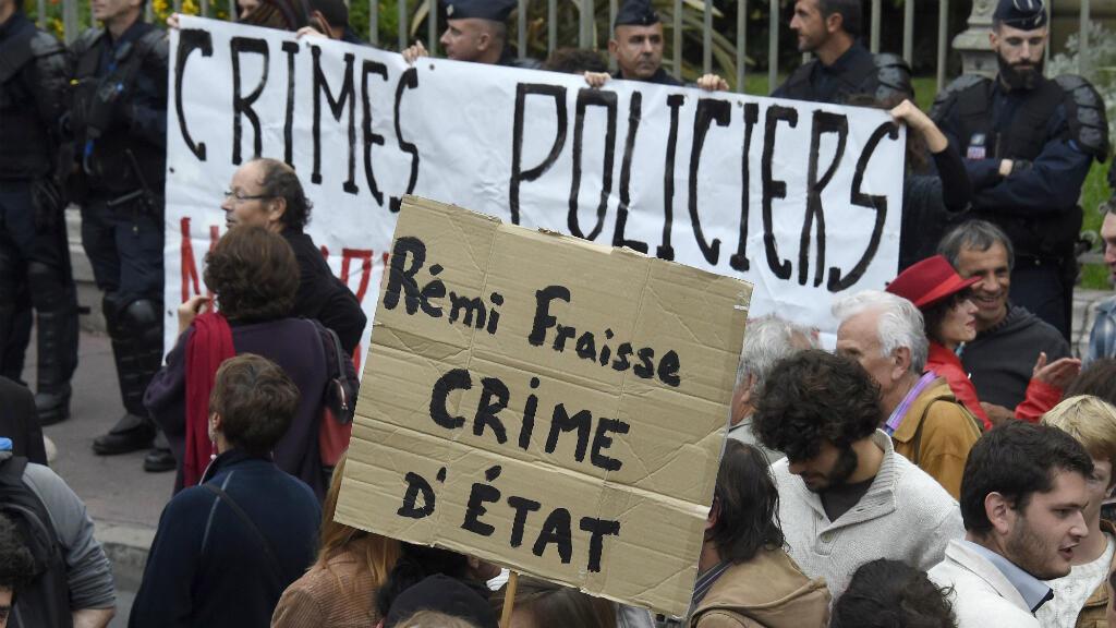 Des manifestants réclament justice pour Rémi Fraisse, le 1er novembre 2014 à Montpellier.