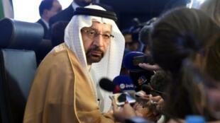 وزير الطاقة السعودي خالد الفالح خلال اجتماع منظمة أوبك في الجزائر في 23 أيلول/سبتمبر 2018