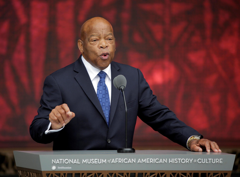 El Congresista John Lewis habla en la inauguración del Museo Nacional de Historia y Cultura Afroamericana del Smithsonian en Washington, D.C., el 24 de septiembre de 2016.