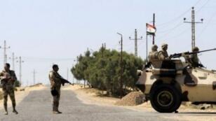الجيش المصري في نقطة تفتيش
