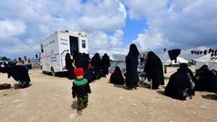 Hasta el momento, Francia había repatriado a un puñado de huérfanos y una niña de 3 años.